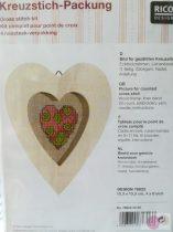 Fából készült szív falikép